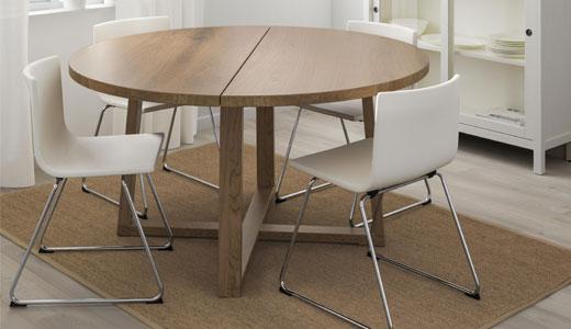 kleine keukentafel en stoelen