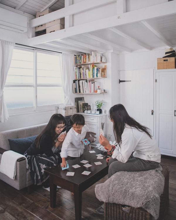 Muebles multifuncionales para un salón pequeño