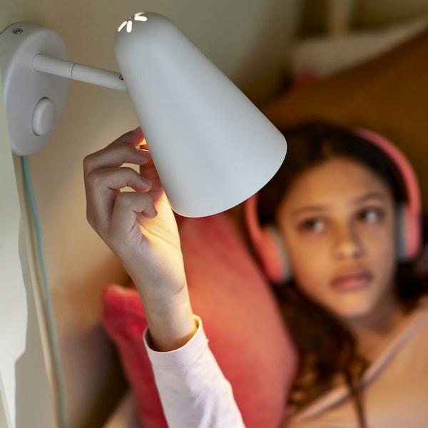 Nápady pre spálňu so zabudovanou rutinou pred spaním.