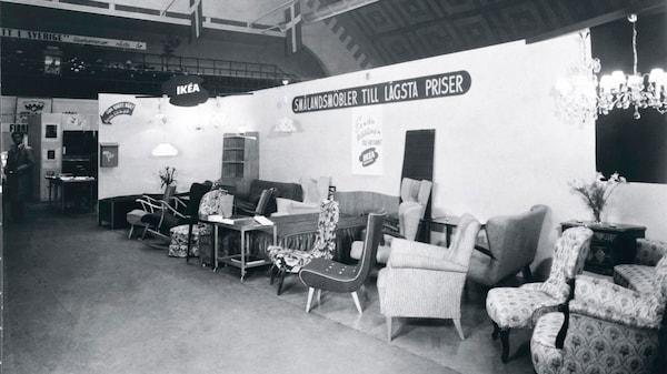 Náš první showroom.
