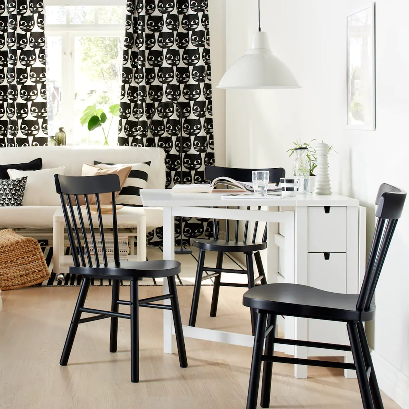 ein tisch f r jede gelegenheit ikea ikea. Black Bedroom Furniture Sets. Home Design Ideas