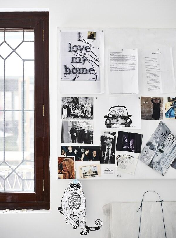 Notizen, Bilder und Fotos an einer Pinnwand