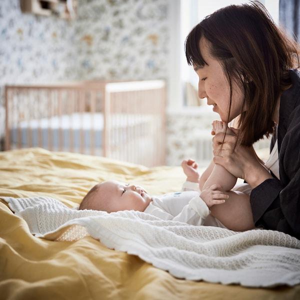 نصائح ومعلومات حول الأطفال والنوم والأثاث ومنتجات المنسوجات ذات الصلة.