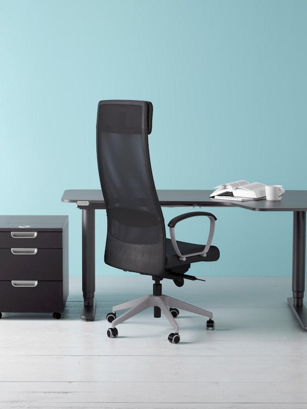 Office chair and a desk