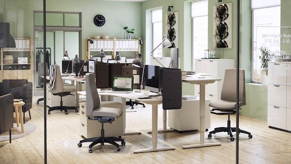 Офис с мебелью ИКЕА