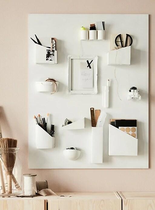 Organizador de pared hecho con residuos.
