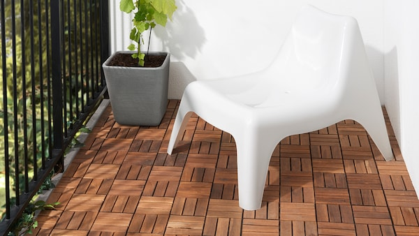 Outdoor flooring