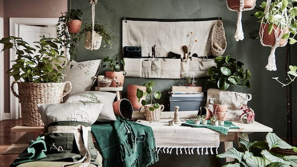 Overview of all the items in BOTANISK, a handmade collection of pots, baskets, gardening accessories and lots more.