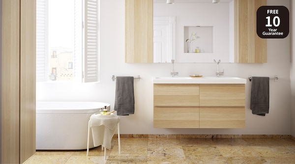 picture of a bathroom.