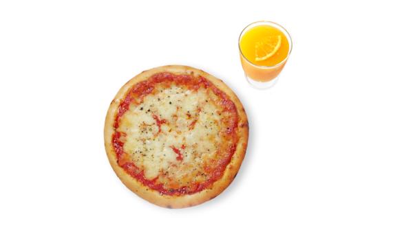 Pizza margarita with orange juice