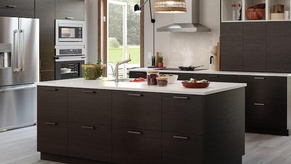 Plan your dream kitchen.