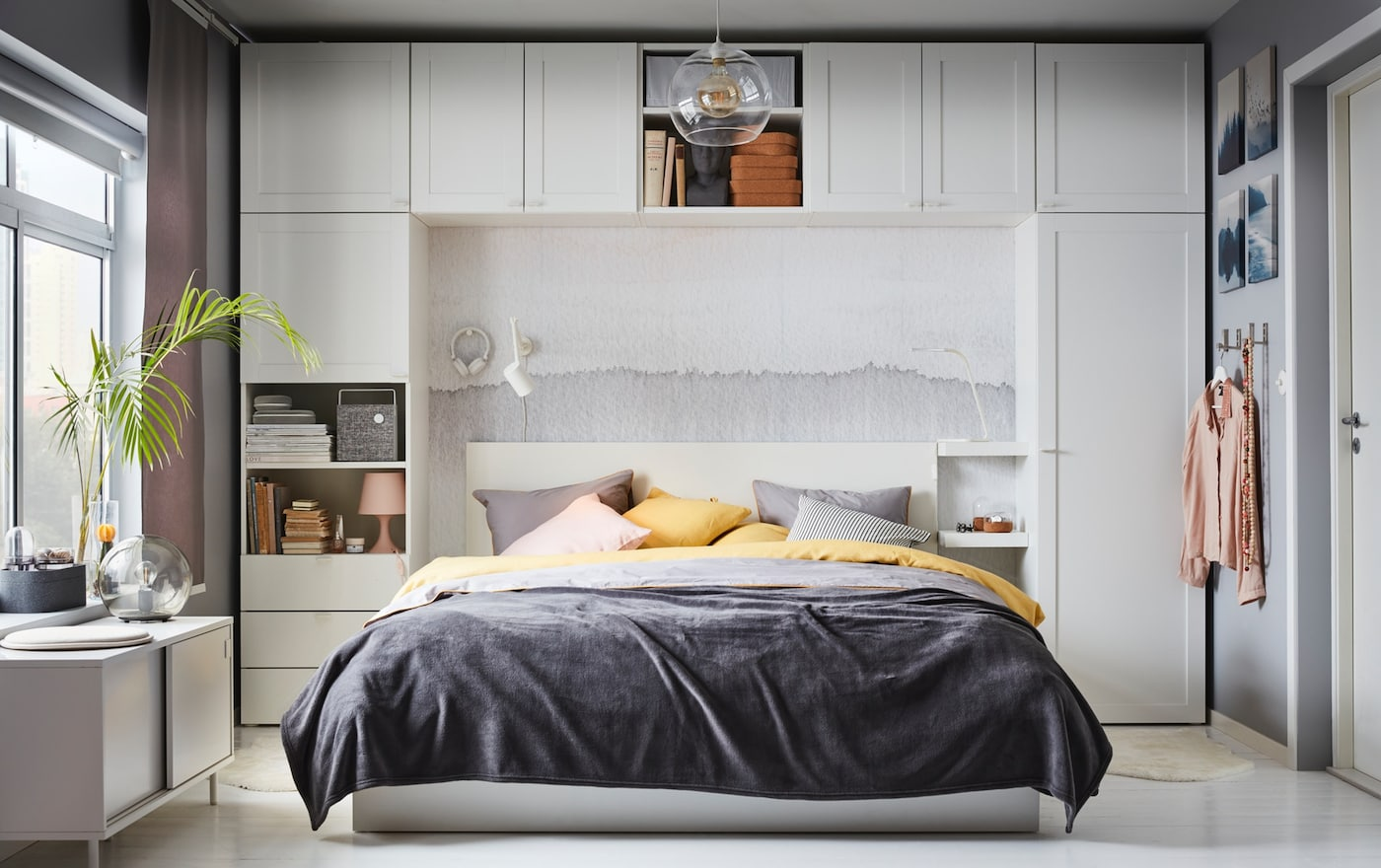 PLATSA Kleiderschrank Und MALM Bettgestell Im Schlafzimmer