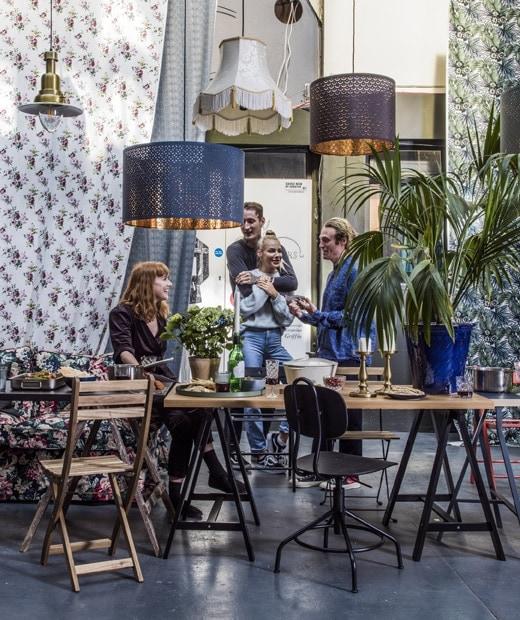 Pohodlná a neformálna komunitná jedáleň