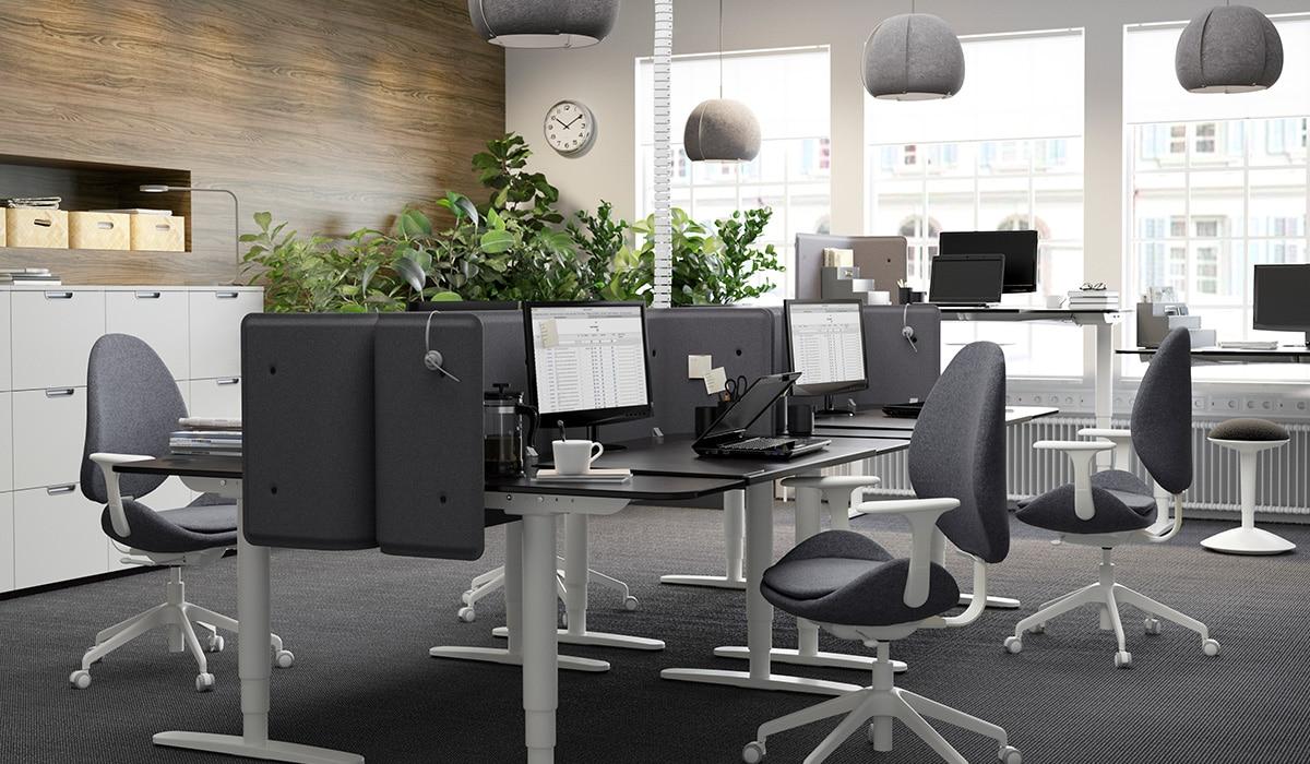 Poste de travail flexible au bureau