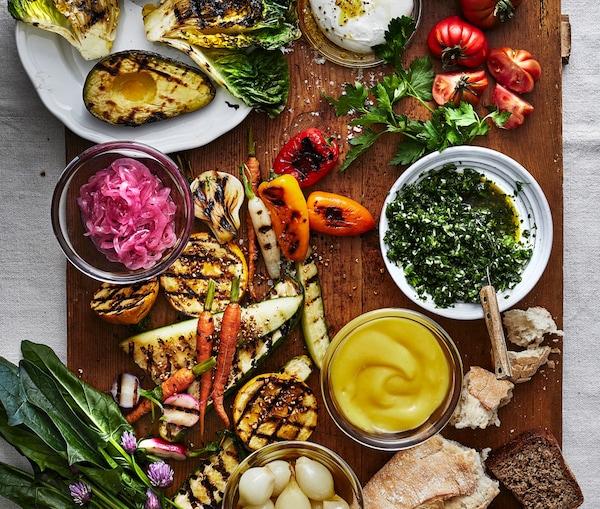 Probier doch mal dieses leckere IKEA Rezept: Lachsrillette und eingelegtes Gemüse.