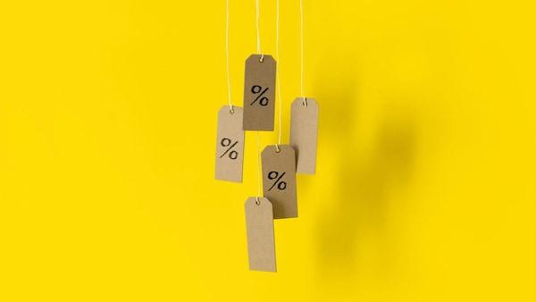 promotions-%-sur-fond-jaune-ikea