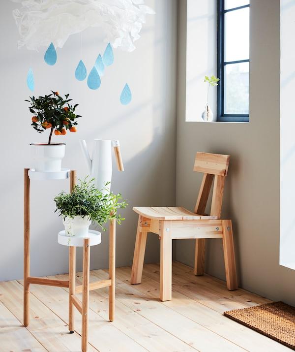 Пусть угол превратится в место для игр с игрушечным облаком и очень даже настоящими облаками и освещением. Присядьте и расслабьтесь.