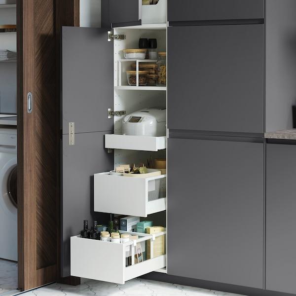 Rangement dans colonne de cuisine avec titoirs VOXTORP gris