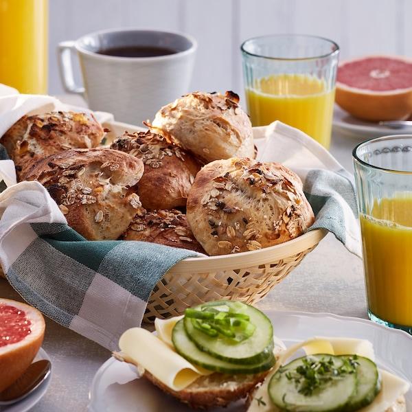 Recept – Kysnuté žemle s müsli a vločkami soli.