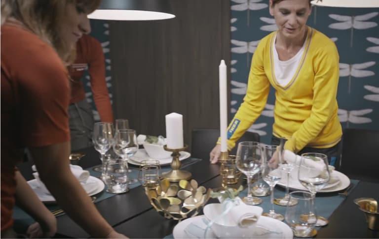 recevoir des invités à la maison, table extensible, place pour invités, salle à manger, conseils salle à manger, conseils d'aménagement, invités salle à manger, hôte parfait, invités spontanés, inviter des personnes, guide IKEA, idées IKEA