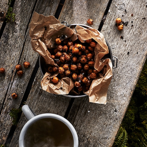 Recipe – Chai and chilli toasted chickpeas.