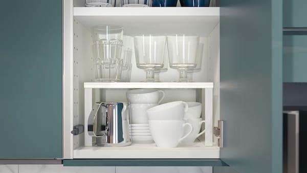 Regaleinsatz für Küchenschublade für optimale Platzausnutzung