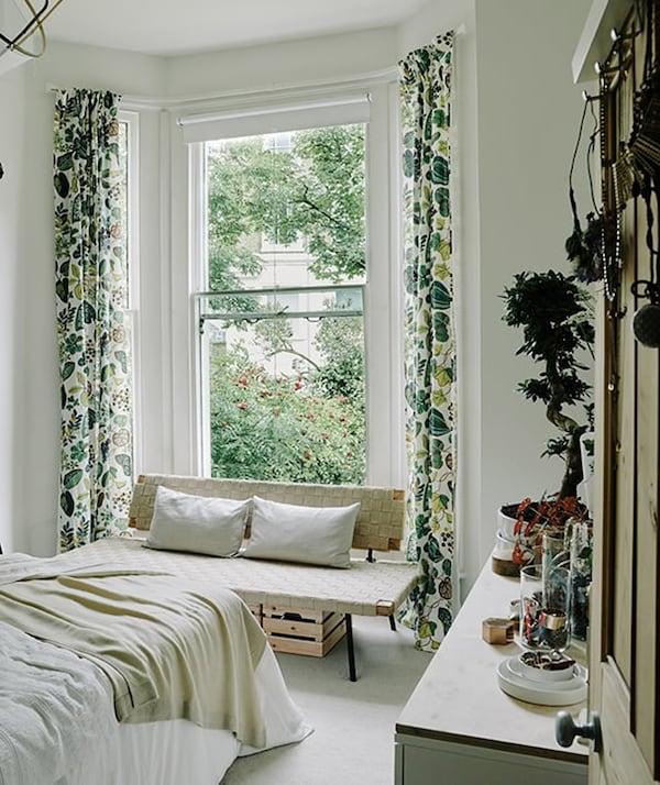 Rental house styling tips - KNAGGLIG box - IKEA inspiration
