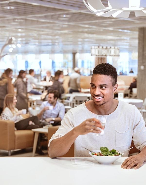 Restaurant terug open