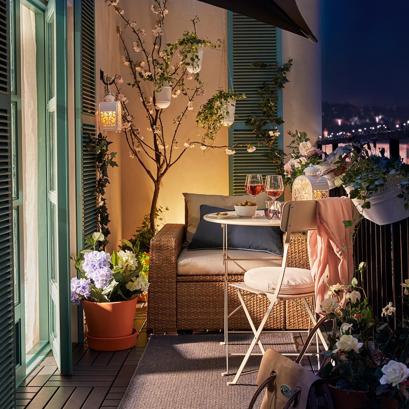Balkon romantisch gestalten - IKEA Deutschland
