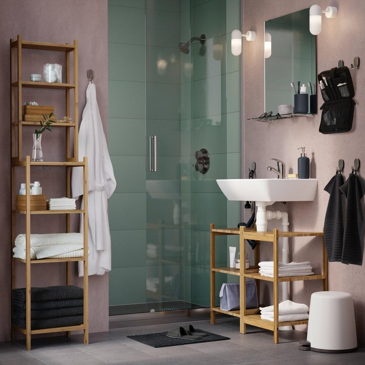 salle-de-bain-rose-meuble-bambou