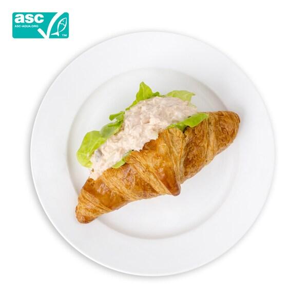 Salmon Croissant THB65