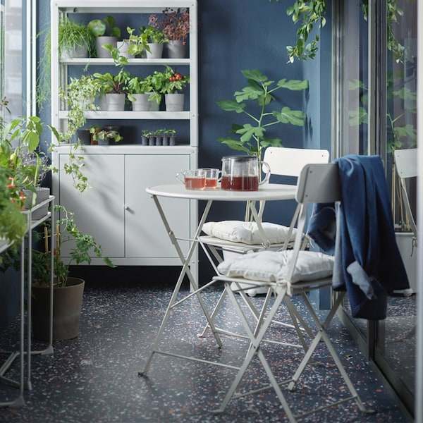 SALTHOLMEN Table+2 folding chairs, outdoor