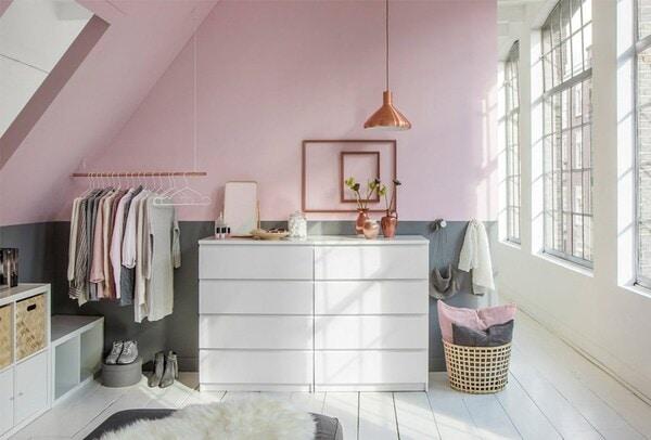 Super Schuin dak? Maak een inloopkast - IKEA KM-73