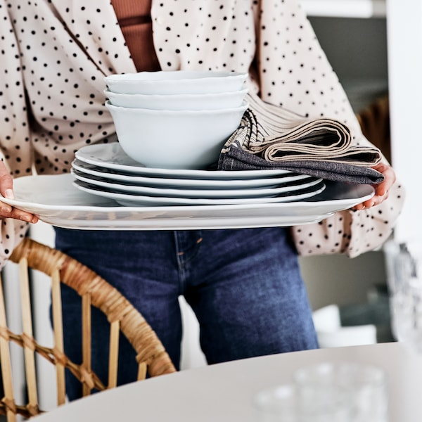 See the full gallery of dining room tips.