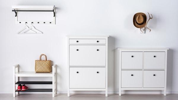 Серия ХЕМНЭС для прихожей в белом цвете