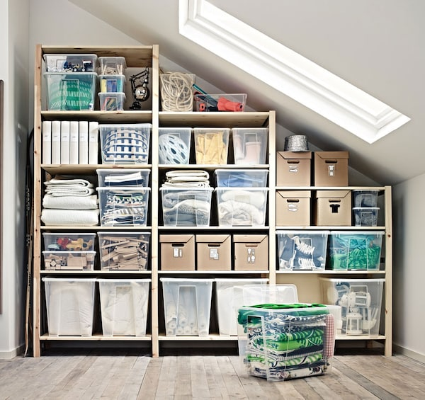 Shelves with convenient storage systems - IKEA