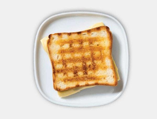 شطيرة الجبن المشوي
