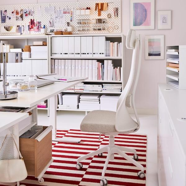 Silla Escritorio Juvenil Ikea.Funcion Y Flexibilidad Para Los Amantes De La Moda Ikea
