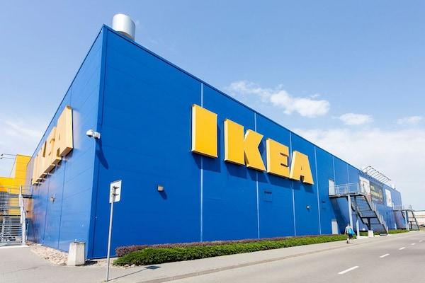sklep IKEA niebieski