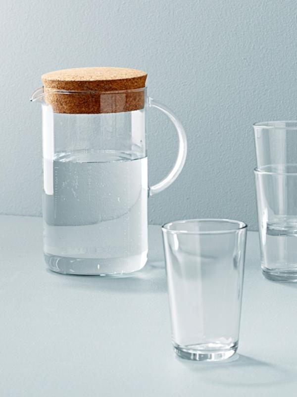 Скляний посуд та глечики