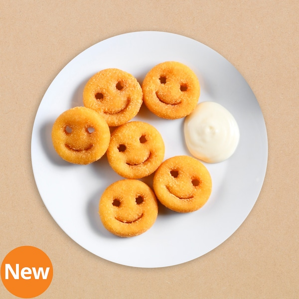 Smiley fries with mayonnaise