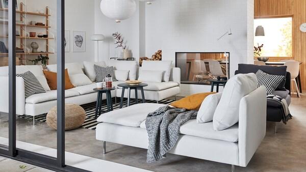 Sofa modules.