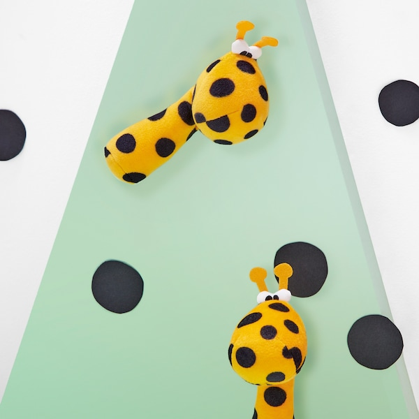 sonajero IKEA jirafa