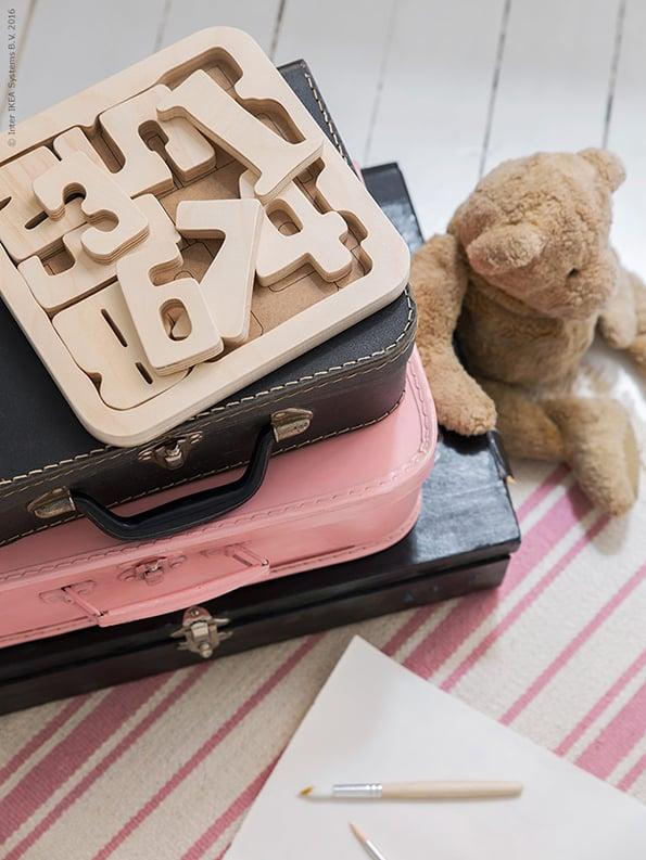 Speelgoed opbergen - PYSSLA puzzel - IKEA wooninspiratie
