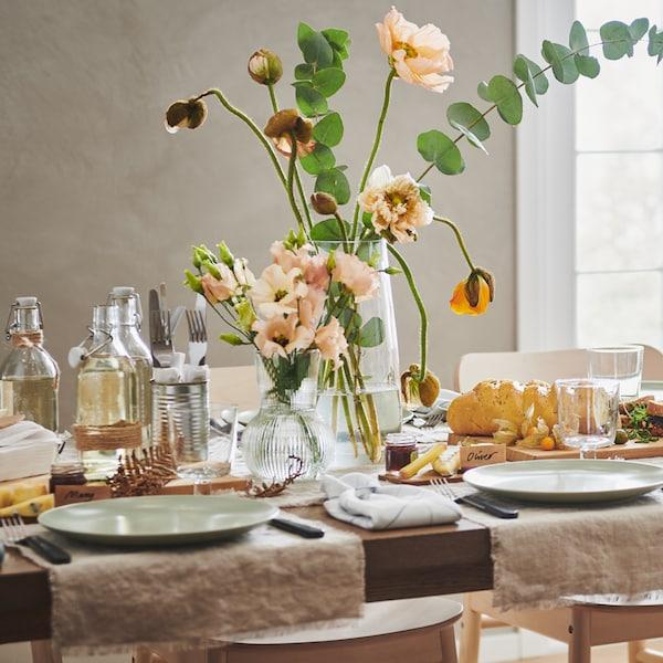 Sposób na proste, ale piękne nakrycie stołu.