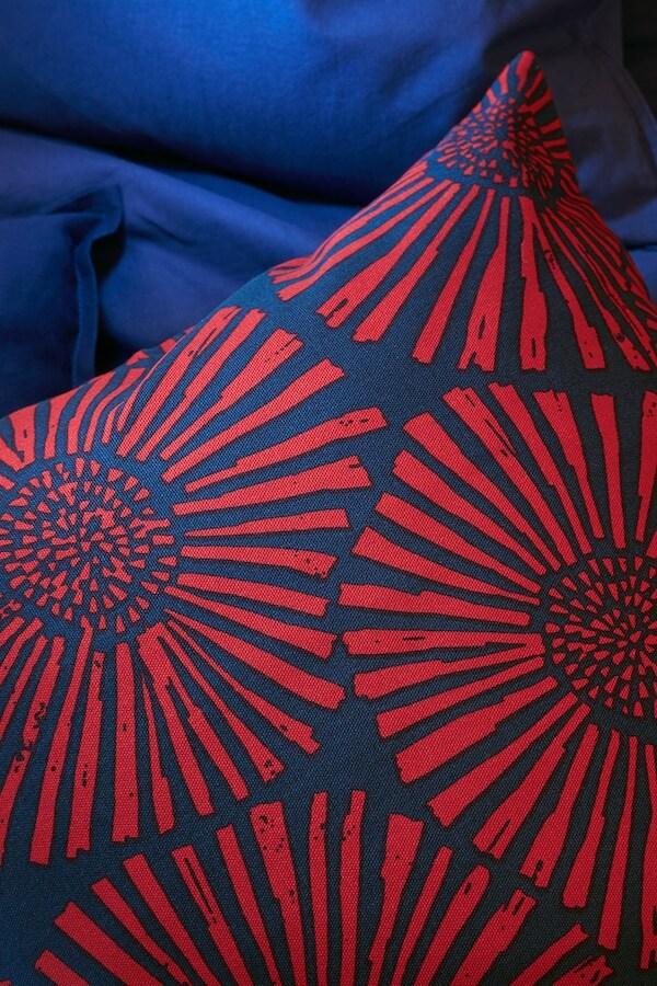 STJÄRNTULPAN Poszewka, granatowy, czerwony, 50x50 cm