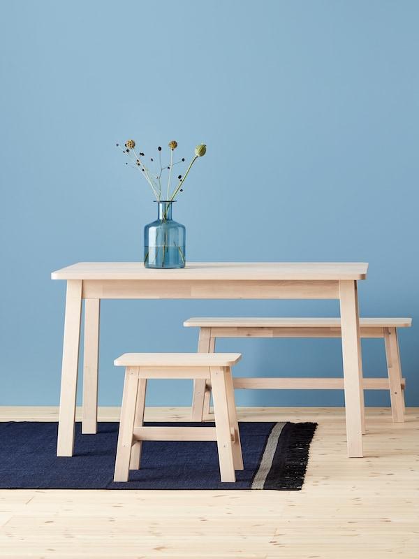 stół i krzesła serii NORRÅKER