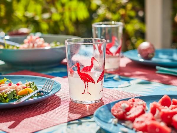 Suggerimenti per pranzare al fresco nelle lunghe giornate estive all'aperto.