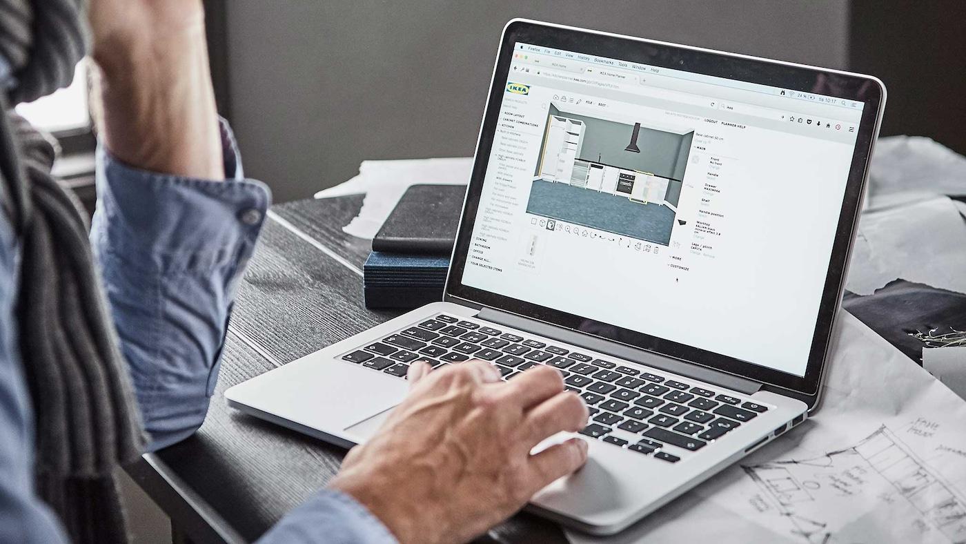 Suunnitteluohjelmat - kuvituskuva tietokoneesta ja kynästä