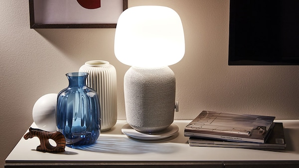 SYMFONISK tTable lamp with wifi speaker, white.